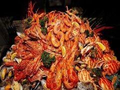 喀什銀瑞林國際大酒店海鮮自助大餐歌舞晚會