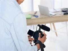 青春记专注创意学生毕业照拍摄学士服租赁 相册制作