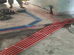 电工水暖工凿墙
