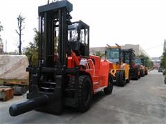 單位低價出售3噸4噸6噸的設備叉車 歡迎致電洽談業務