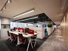 花果园金融街服装办公室113平米出租