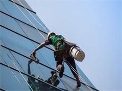 专业擦玻璃、日常保洁、装修后卫生 全本溪