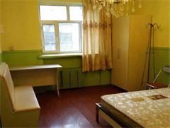 大学生公寓/高档床位/宽带上网/专人管理/免中介惠发花园