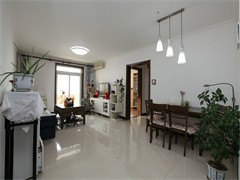 益和花園 900元 1室1廳1衛 平層 精裝修,超值家具