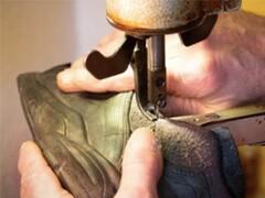 专业机器修鞋