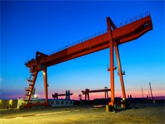 09年江淮叉车起重3.5吨,升高3.1米,四条全新正新轮
