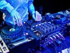 DJ打碟培训选正学娱乐DJ打碟培训 专注DJ培训