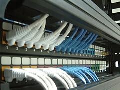 成都環境監控系統 LED屏 門禁 道閘系統安裝 機房建設