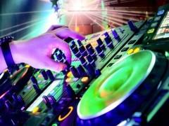 岳阳DJ电音舞曲制作培训学校来正学娱乐DJ培训基地
