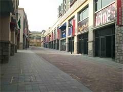 房主直租東城時代電影大世界對面臨街雙開間雙層旺鋪