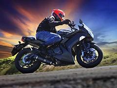 庆五一供应低价出售摩托车川崎ZXR400