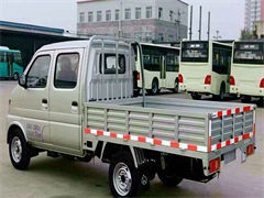 6米8高栏货车,承接长短途货物运输