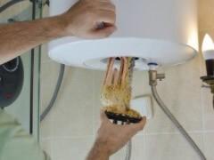 威海四季沐歌太阳能维修服务电话