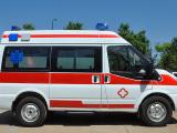 营口长轴中顶监护型救护车-诚挚推荐质量好的救护车
