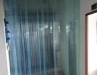 西南楼上560方。带装修。现成办公室。水电齐全。