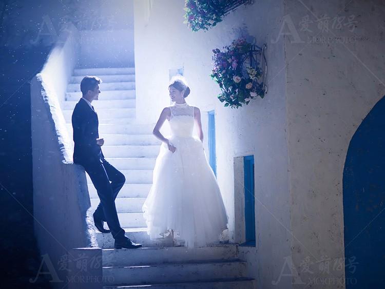 论颜色和动作的重要性,姿势与婚纱颜色搭配秀出你的魅力