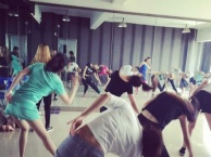 西安华翎舞蹈学校培训爵士舞钢管舞欢迎全国学生来学习