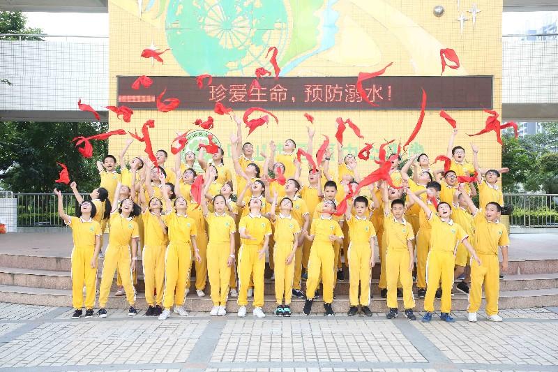 广州哪有小学毕业照拍摄 哪有中学毕业照幼儿园毕业照
