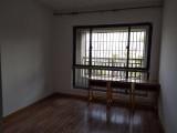 侨英 水晶湖郡 4室 126平米整租带200平露台可做办公