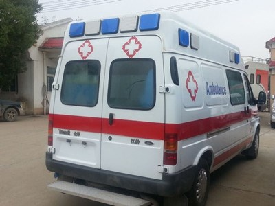 北京救护车出租120长途救护车出租长途护送