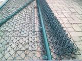 勾花网体育场围栏 钩编铁丝网 笼式运动场