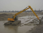 想买优惠的船挖机,就来青州拓新机械,河南船挖机哪家好