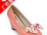 成都女鞋厂家批发 春秋新款 时尚女鞋单鞋坡跟 鞋子加盟一件代发