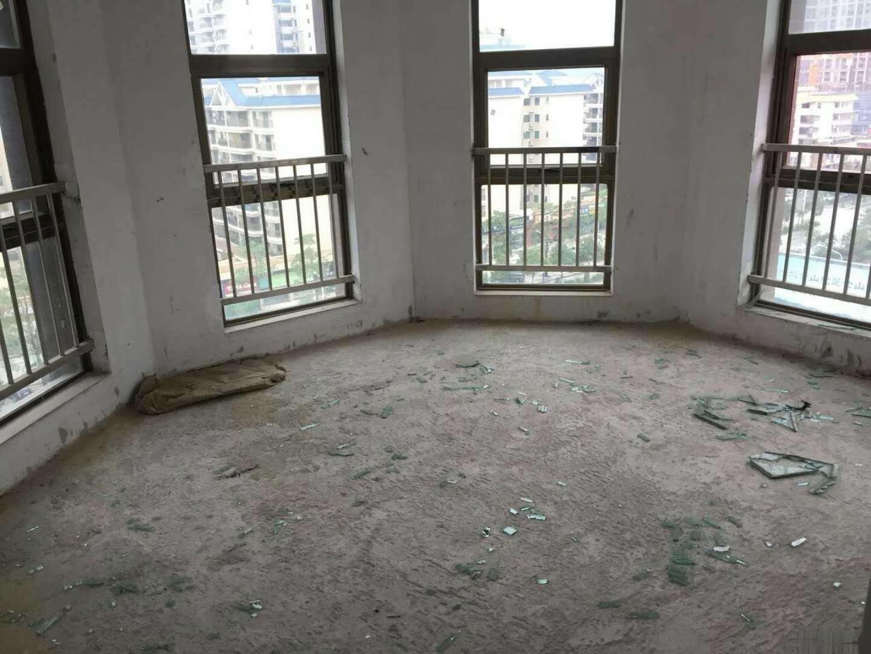 美嘉华庭电梯中层86平方两房毛坯售53.8万满二年有匙随