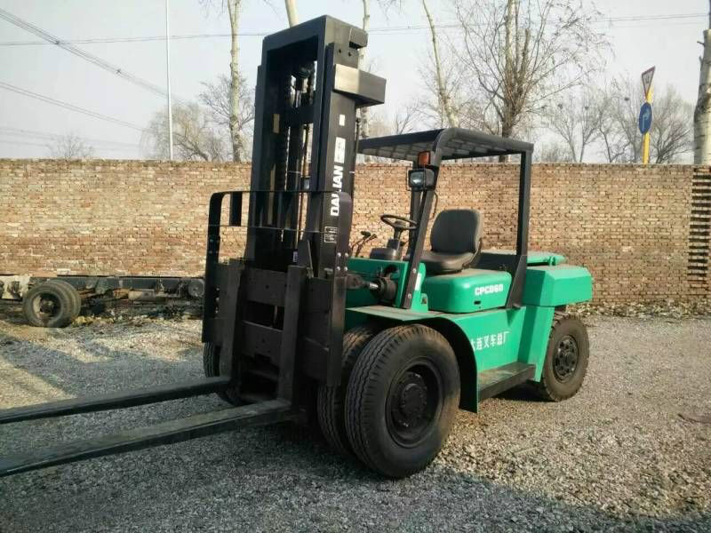 公司倒闭半价处理库存全新6吨4吨3吨合力叉车最新价格报价