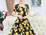 厂家直销女装连衣裙夏季新款中老年冰丝印花妈妈装短袖
