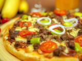 成品披萨(黑胡椒牛肉,培根大虾,热带水果,奥尔良)