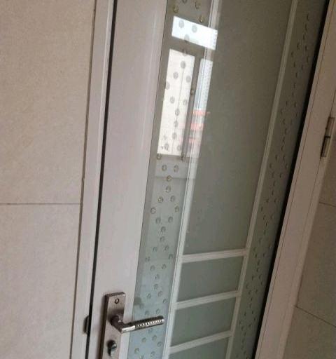 中山东路-桥东银宏花苑3室2厅1卫3000元