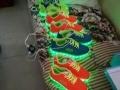 发光鞋低价销售