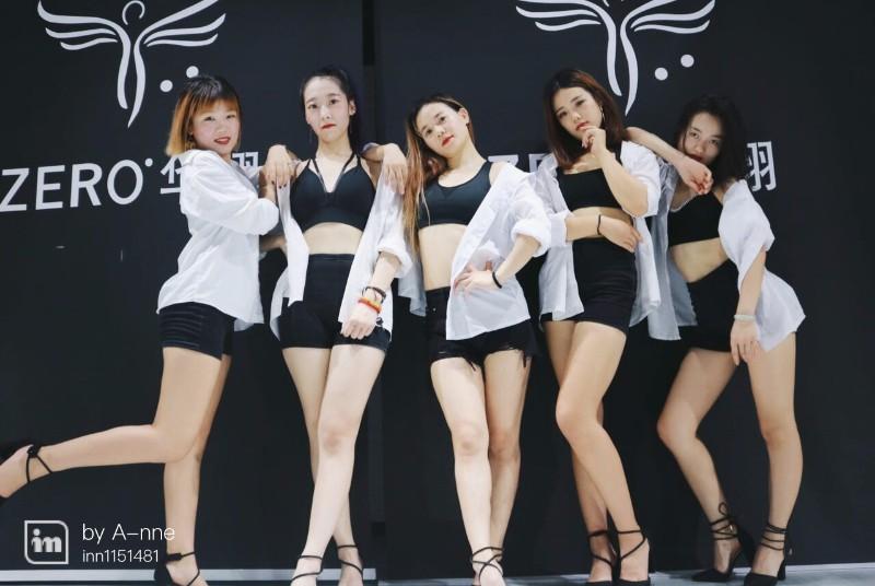 丰都日韩舞蹈教学 钢管肚皮舞 空中舞蹈包教包会包工作