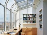 武汉封有弧度的阳台找那个门窗厂家好
