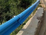 喷塑护栏板能做多少种外观色常用的为绿色护栏板
