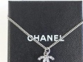 香奈儿Chanel水晶镶嵌项链。
