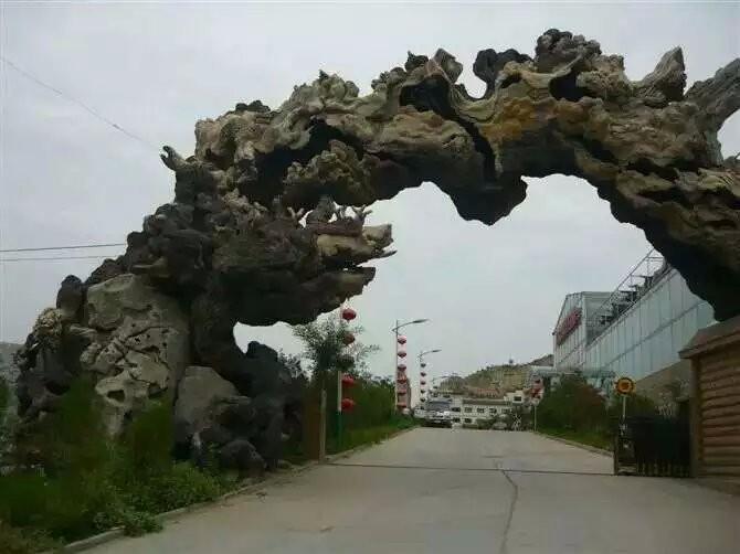 扬州假树大门厂家直销