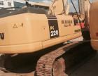 小松二手挖掘机出售PC220-7,360等全国包送