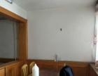 东方红广场北侧五楼两室一厅