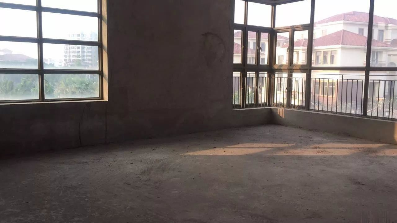 海骏达6房4厅5卫别墅花园450平方