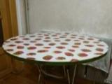 纯木头可折叠圆饭桌出售,结实耐用