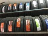 电瓶轮胎批发零售送油拖车充电备胎更换修补 24小时