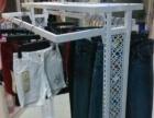 服装店到期 现在有一个落地衣架 多个衣撑裤夹 一个