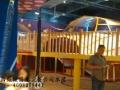 儿童乐园设备充气城堡的安全性