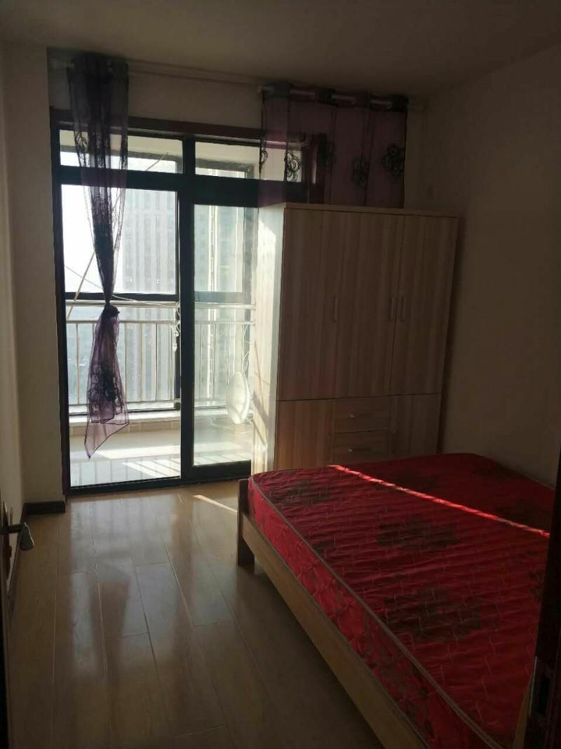 城阳 世茂公园美地 2室 2厅 89平米 整租