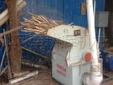 河南香菇料木屑机大型-木屑烘干机多少钱