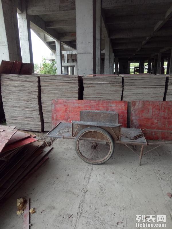 嘉兴旧木料市场出售回收旧方木,模板,条板旧木料