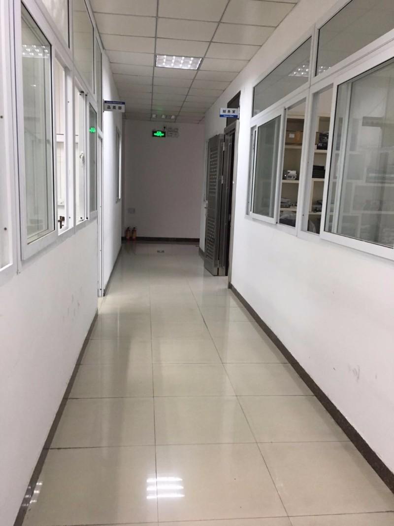 龙岗新生花园式厂房一楼 三楼出租