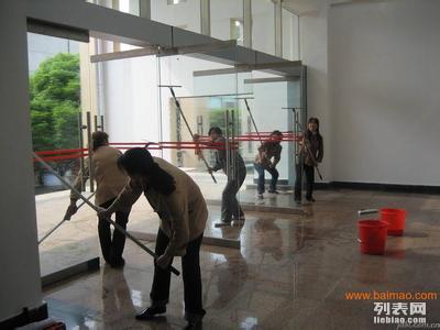 南京鼓楼龙江嫩江路周边家庭装潢保洁出租房粉刷打扫